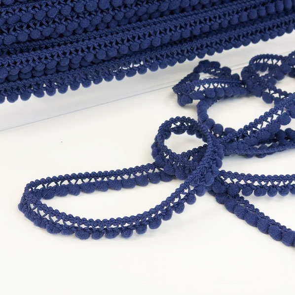 Pomponborte klein blau