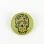Polyesterknopf mit Öse Totenkopf grün