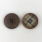 Polyesterknopf 20 mm 4-Loch Karo braun