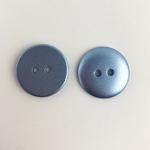 Polyesterknopf 18 mm 2-Loch metallicblau