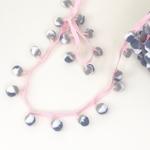 Pomponborte 30 mm pink weiß grau jeansbl