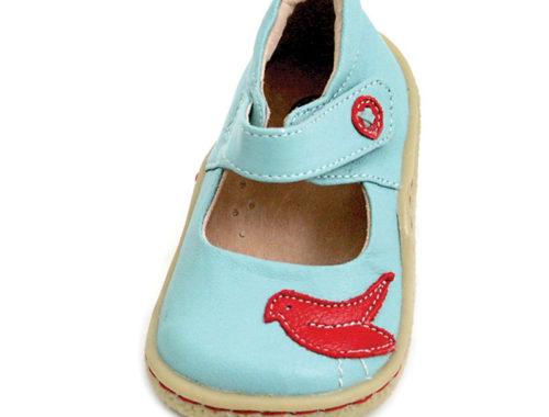Die ersten Schuhe sind da!