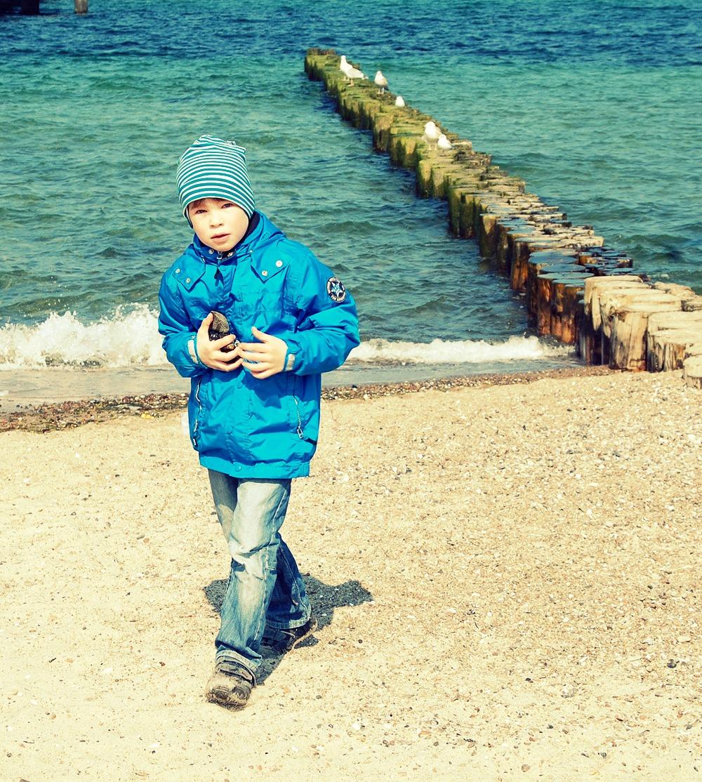 * Strand * 4