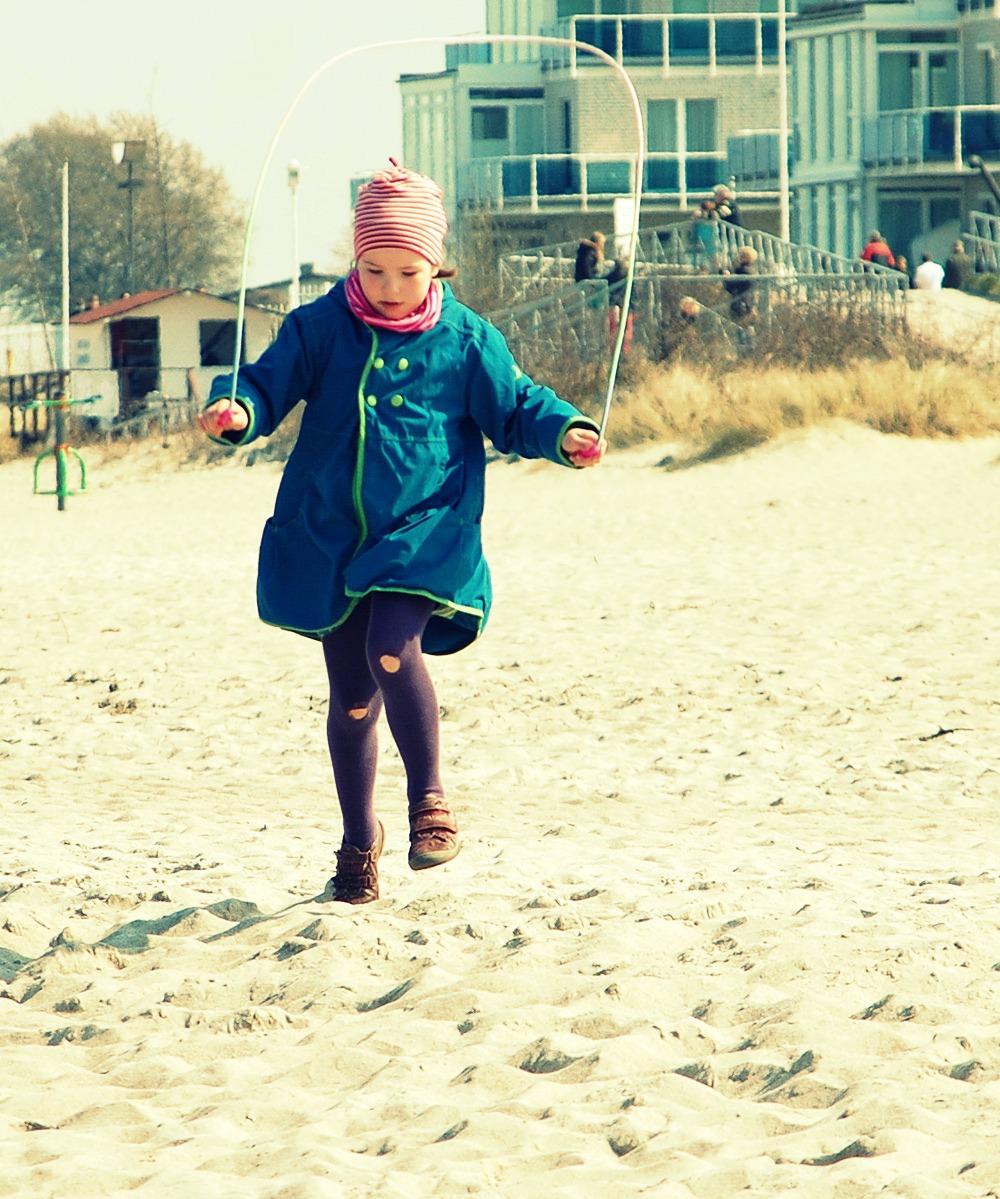 * Strand * 6