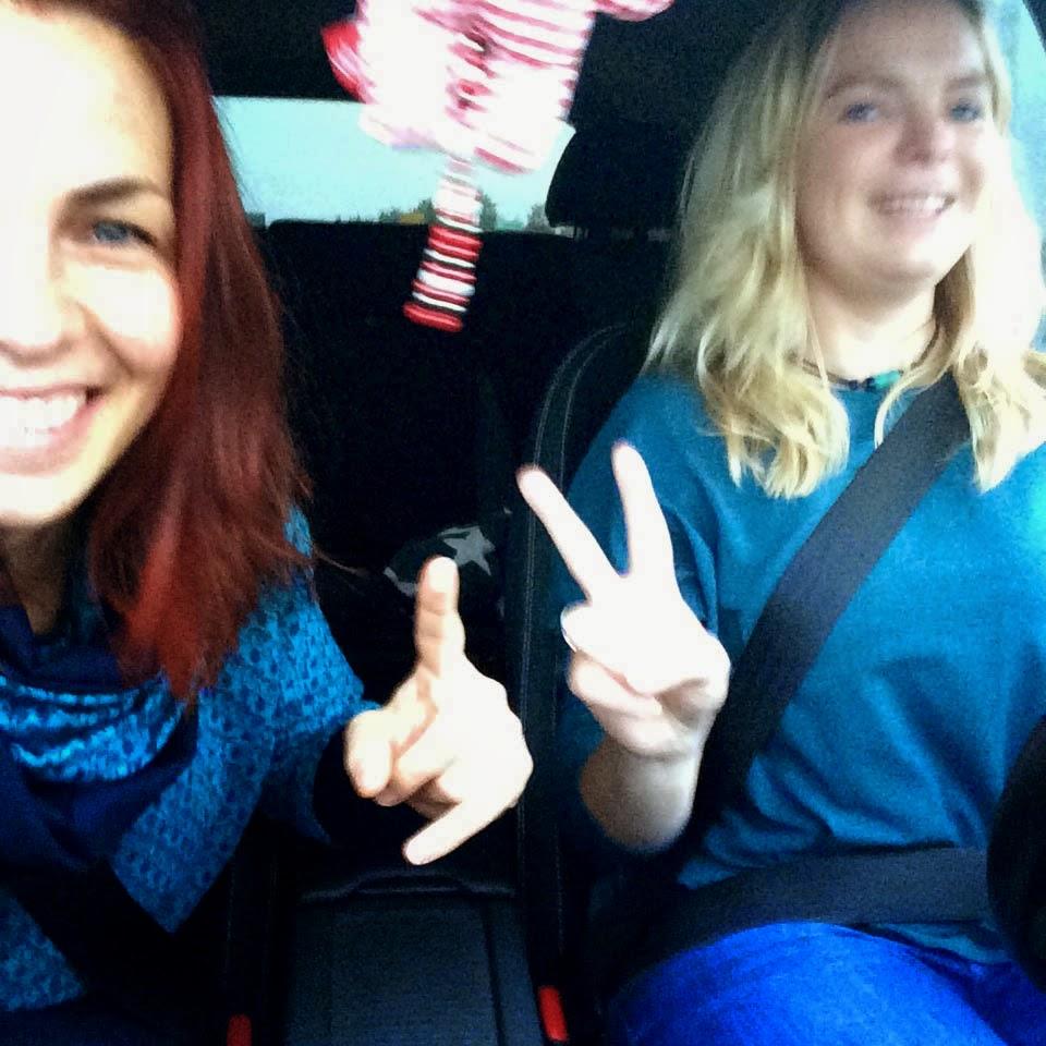 Mira und Trixi auf Reisen.....zum Lillestoff-Festival! 1
