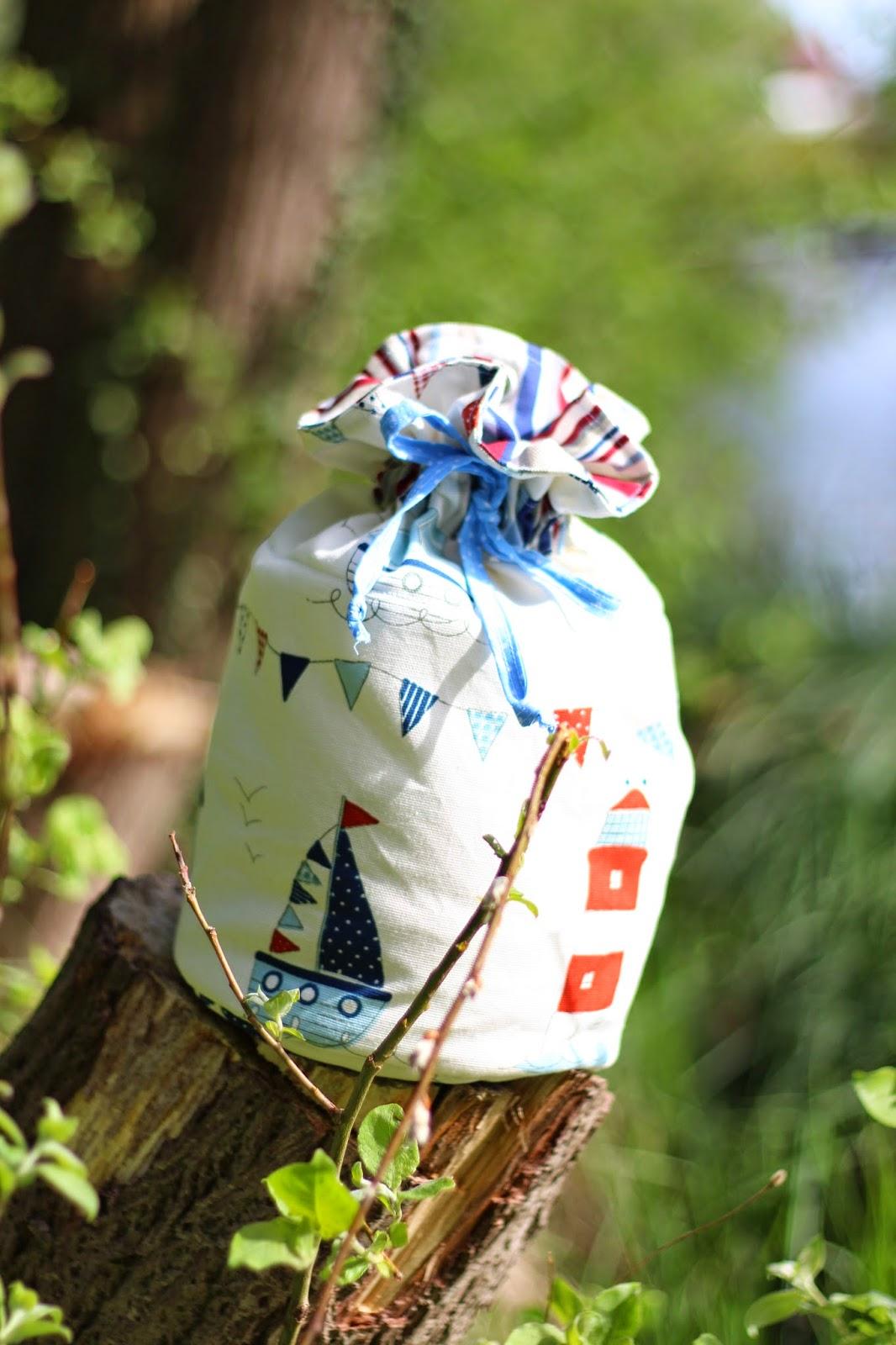 Frischer Wind für Euer Zuhause mit den wunderschönen Dekostoffen von Clarke & Clarke! 16