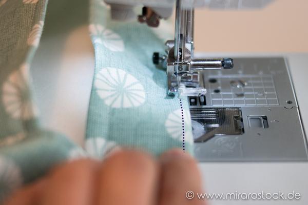 Anleitung für eine Nähmaschinen-Hülle :-) *FOR FREE* 25