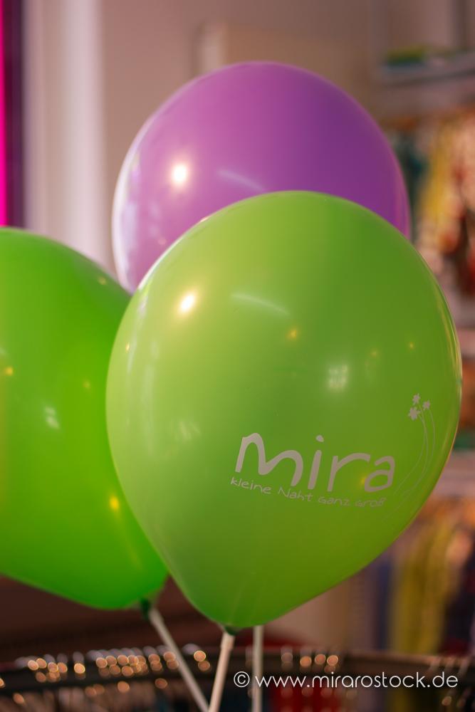 8 Jahre Mira mit 30% Rabatt auf Stoffe & Kleidung: jetzt auch online! 2