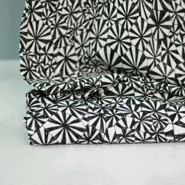 GEOMETRIQUE Viskose-Crepe Muster schwarz weiß 2
