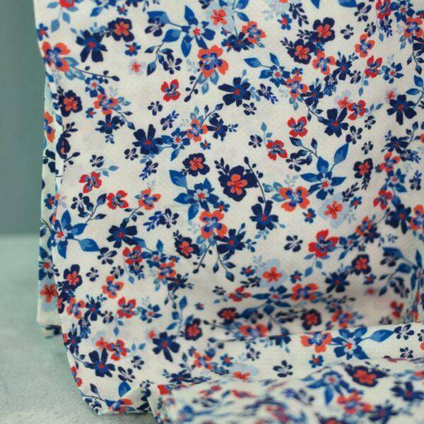 PETITE FLEURS Viskose-Pikee Blumen creme blau 2