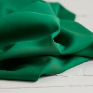 Meet MILK Viskose LYOCELL TWILL medium leaf green
