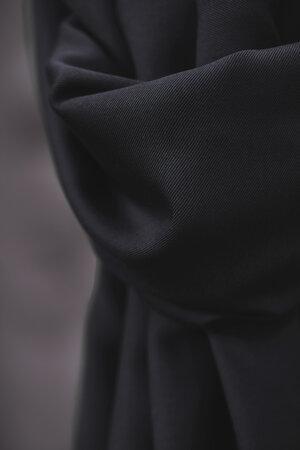 smooth-drape-twill-meetmilk-56